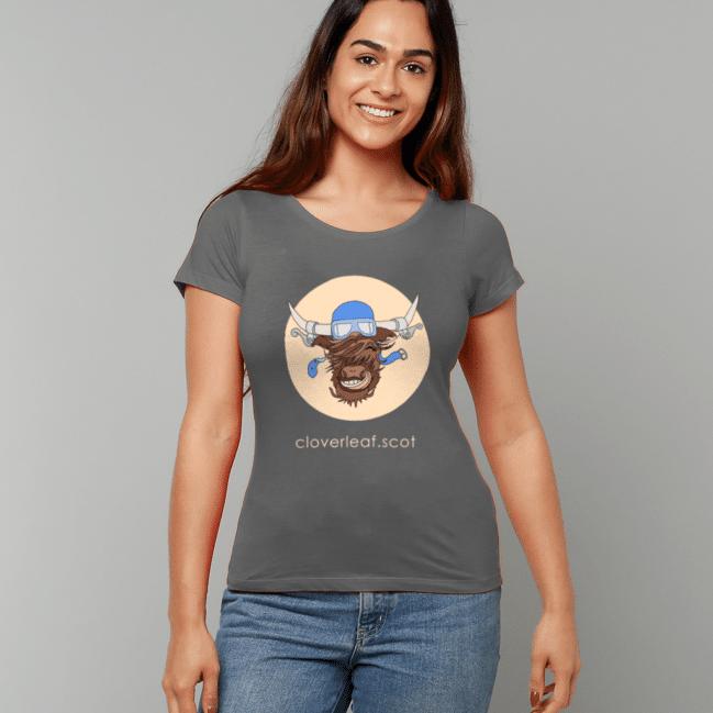 Cloverleaf Coo Women's Fitted T-Shirt